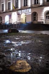 Wycinka na skwerze koło Ratusza Śródmieście w Warszawie - tu byłem