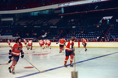 Flyers vs Wings, Nov 9, 1972 (Mr. History) Tags: hockey detroit olympia flyers redwings daveschulz detroitredwings philadelphiaflyers bobbyclark mickeyredmond thebroadstreetbullies billflett