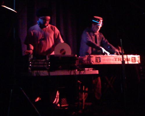 October 2007 concert #4: Freezepop at Nectar Lounge: philaros