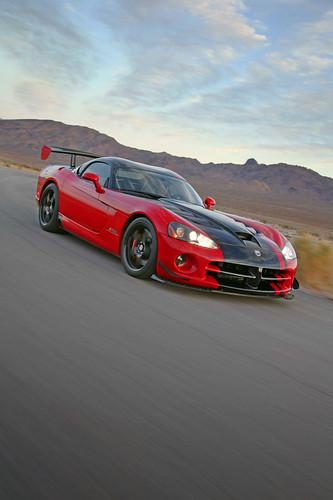 Фотографии Нового Dodge Viper SRT 10