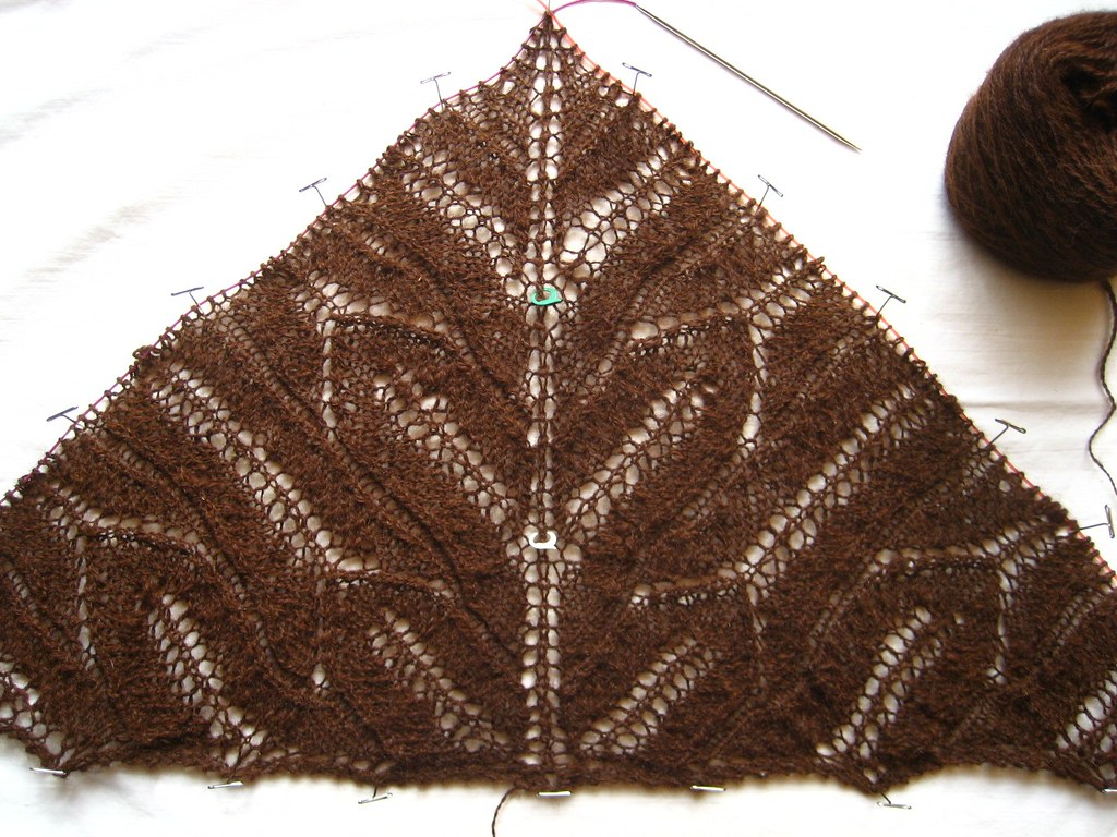 Cleite Shawl chart 2 twice