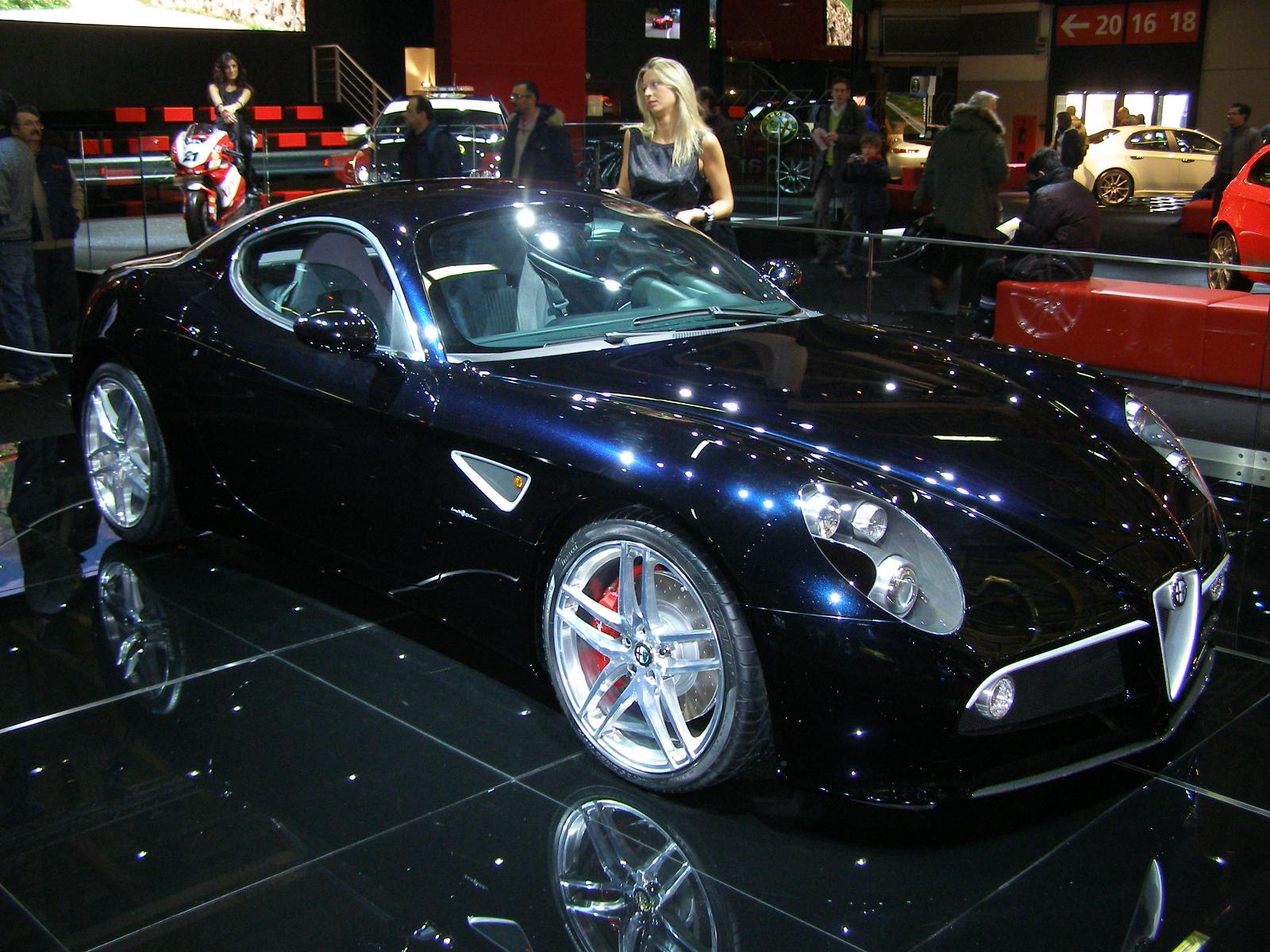 Alfa Romeo 8c, arte su ruote