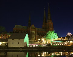 Uppsala by night (d.lindholm) Tags: longexposure winter green night reflections iso100 cathedral sweden uppsala fyris fyrisån nikon18200mm nikond40x