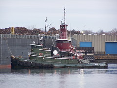 Puma and Jean Turecamo (tugfanatic) Tags: ocean city ri green port river boats island bay harbor waterfront jean providence transportation tugboat tug steamboat puma rhode moran tugs tow barge waterway tugboats towing narragansett workboats redtug turecamo