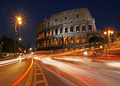 Rome Colosseum (david.bank (www.david-bank.com)) Tags: italien rome roma italia traffic colosseum rom itlay kolosseum blueribbonwinner visipix