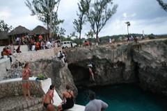 2008-03-22-jamaica-negril-jump-k3