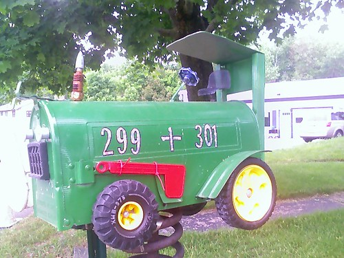 Mail Box: Tractor