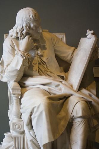 Blaise Pascal 3-statue