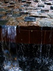 (Shane Henderson) Tags: fountain disneyworld epcotcenter baylake