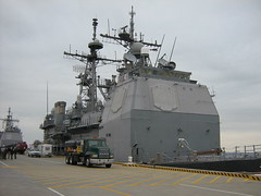 Ticonderoga-class missile cruiser (stepol) Tags: jan norfolk navy destroyer va scouts missile campout 2008 navalbase troop737 missiledestroyer