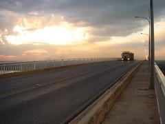 Cruzando el río Paraguay (Upper Uhs) Tags: road bridge sky storm ruta río truck river puente atardecer carretera ponte route estrada cielo tormenta paraguay anochecer rodovia camión paraguai