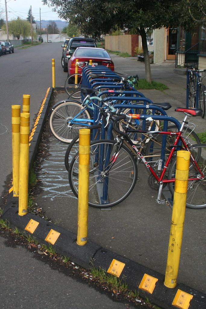 Bike Rack Park (MIssissippi ST)