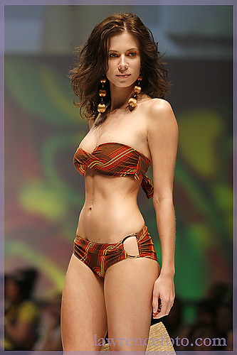 Elle Show, Bikini Village by lawrencefoto