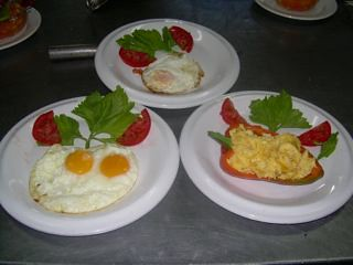 Cotacachi-fresh-food-breakfast
