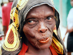 FOREVER YOUNG (Andr Pipa) Tags: africa portrait woman face mujer eyes bravo shine searchthebest expression retrato candid femme mulher age soe mozambique moambique brilho interesse idade eyeofthebeholder ageless blueribbonwinner ilhademoambique magicdonkey outstandingshots flickrsbest 35faves passionphotography 25faves mywinners mywinner abigfave anawesomeshot colorphotoaward impressedbeauty aplusphoto ultimateshot superbmasterpiece goldenphotographer diamondclassphotographer lunarvillage portraitaward citrit excellentphotographerawards theunforgettablepictures colourartaward betterthangood theperfectphotographer