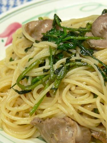 砂肝とクレソンのバター風味スパゲティ
