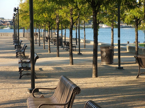 Louisville Waterfront Park - Attraction - Waterfront Park, 129 River Rd, Louisville, KY, 40206