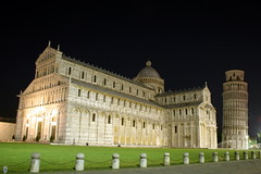 Piazza dei Miracoli @ Night - Pisa - Italy ({ Planet Adventure }) Tags: italy holiday photography photo interesting photographer ab adventure pisa planet allrightsreserved interessante digitalphotography holidayphotos stumbleupon copyright travelguide digitalworld intrepidtraveler traveltheworld planetadventure colorfulworld worldexplorer by{planetadventure} byalessandrobehling intrepidtravel alessandrobehling stumbleit topphotography holidayphotography alessandrobehling copyright20002008alessandroabehling colorfulearth photographyhunter photographyisgreatfun