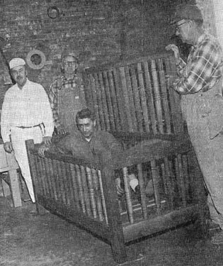 utica crib