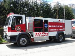 Rescate en la patagonia boscosa (Upper Uhs) Tags: argentina truck fires feuerwehr bomberos brandweer bombers pompiers bombeiros straz villalaangostura itfaiye camiÓn neuquÉn