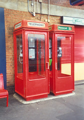 K8s, Dover Priory Station (Rob redphonebox.info) Tags: red booth call phone box telephone british kiosk k8 bt telecom