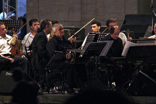 El maestro Cholo Montironi con la Sinfónica Provincial