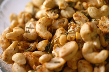Rosemary Roasted Cashews III