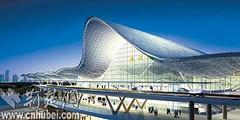 武汉火车站 - 现代气息