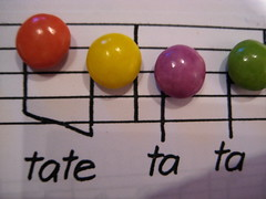 Tate Ta Ta (a-ich) Tags: pink blue red music orange brown green rot yellow purple notes tate rosa lila gelb smarties colourful grn blau musik ta bunt noten barun tatetata