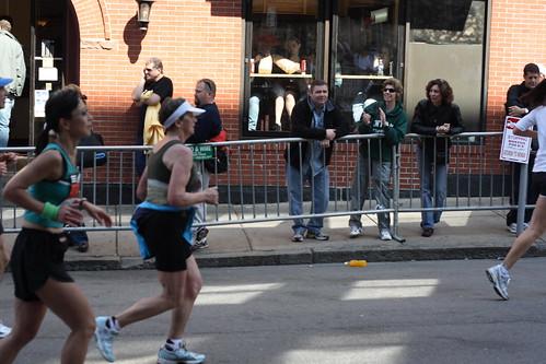 agnes running002