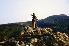 Η φίλη μας η Ξένια (egotoagrimi) Tags: ikaria ranti randi aegean greece μονοπάτια ικαρία οπσικαρίασ opsikarias girl hiker guide δάσοσράντη kanga