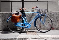 Blue Bicycle & Leather Bag, Milan (ChrisGoldNY) Tags: travel blue italy milan europa europe italia european forsale milano eu bicycles viajes albumcover bookcover vacations chrisgoldny chrisgoldberg chrisgold chrisgoldphotos