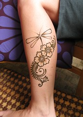 IMG_0225 (henna.elements) Tags: flower art floral beautiful tattoo design hands dragonfly drawing paste henna westernmass hinna kripalu mehandi mehendhi hennaelements