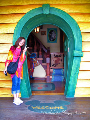 me posing at mickey house entrance
