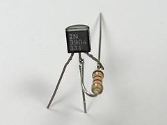 1 k resistor