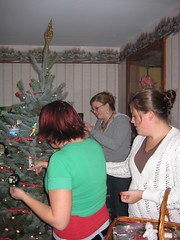 Decorating (WalrusSP) Tags: stacie kate ashley christmastree