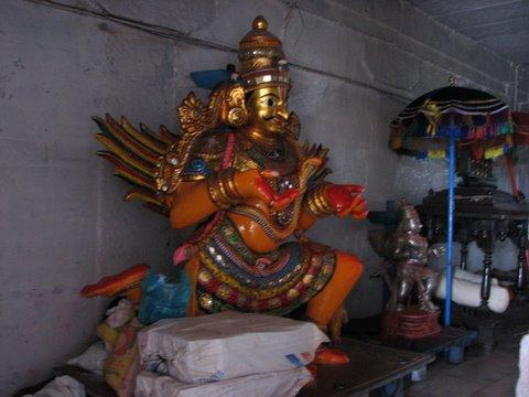 garuda vAhanA b r temple