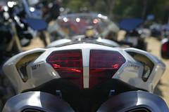 red light (mihai73) Tags: red white blanco rojo moto ducati byke 848