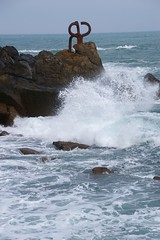 Donostia / San Sebastian - Peine del Viento (Lucio Jos Martnez Gonzlez) Tags: travel viaje sea s