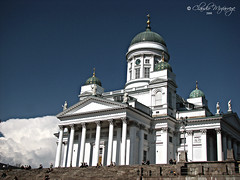 Helsinki 014 - Catedral / Cathedral (Claudio.Ar) Tags: city fab color church finland helsinki topf75 europa europe cathedral sony catedral iglesia ciudad apex dsc finlandia h9 onblue themoulinrouge blueribbonwinner firstquality cruzadas totalphoto golddragon platinumphoto anawesomeshot aplusphoto isawyoufirst goldenphotographer theunforgettablepictures picturefantastic theperfectphotographer thegardenofzen goldstaraward ourmasterpieces favemoifrance magicdonkeysbest photoexel vision100 claudioar claudiomufarrege phvalue oracobb magicunicornverybest gettyc