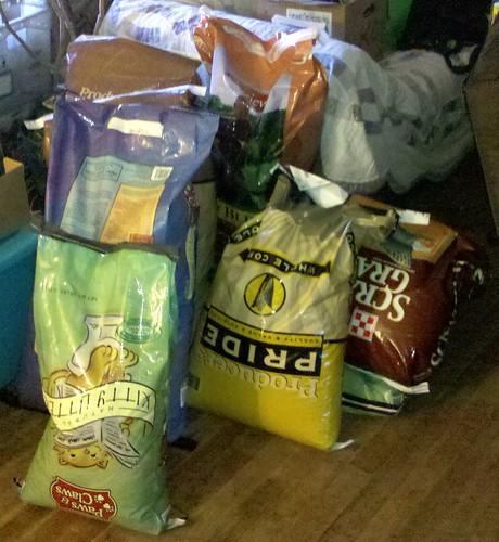 Alabama Tornado Donations- Pet Food & Supplies