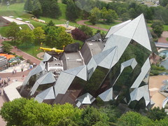 Futuroscope (puritēs) Tags: park france building glass architecture point amusement crystal hexagonal cluster science mineral theme mirrored leisure prisms quartz imax poitiers futuroscope denislaming