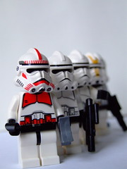 Arranged (Gaetan Lee) Tags: november en storm trooper london fun star lego fig many