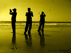 what to shot ? (Aawara) Tags: pakistan beach seaside karachi reflexions manora mywinners theexhibit aplusphoto superhearts