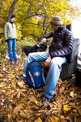 stone seat (Rockford Wolf) Tags: park autumn fall leaves river leaf newjersey colours nj hudson georgewashingtonbridge palisades