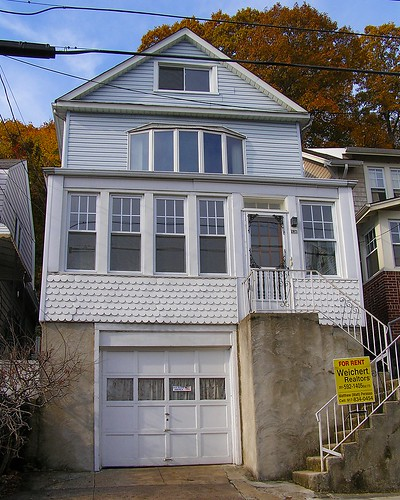 Edgewater NJ (528 Undercliff Avenue for rent)
