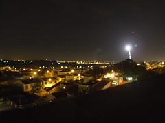 Feliz 2008! (giumaiolini) Tags: reveillon night firework noite nightview campinas fotonoturna longaexposição fogosdeartifício longexposition taquaral firstphotoof2008 firstdayof2008 primeirafotode2008
