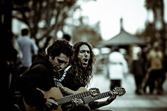 jamm'n (jaxting) Tags: street city people colours candid guitars buskers soe muted jaxting noncoloursincolour