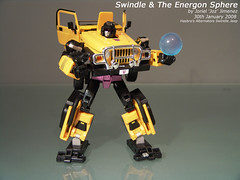 "Swindle & The Energon Sphere (Joriel ""Joz"" Jimenez) Tags: toys transformers hasbro decepticon swindle alternators jeepwrangler bouncyball energon 80scartoons combaticon jorieljimenez transformersalternators anythingtransformers"