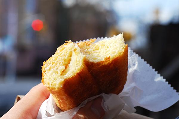 almond-croissant-innards